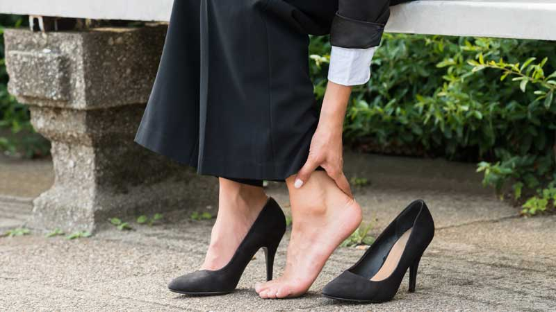 How to Walk in High Heels Comfortably While Crossdressing