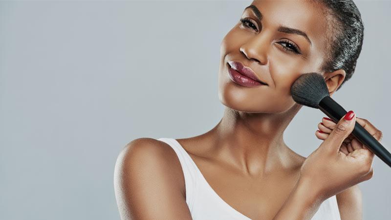8 Steps to Achieve a Charming Feminine Face