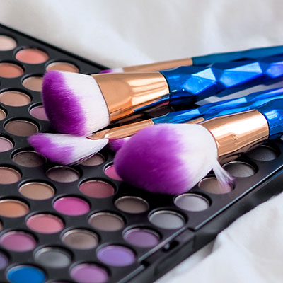 How to preserve makeup tools for crossdressing
