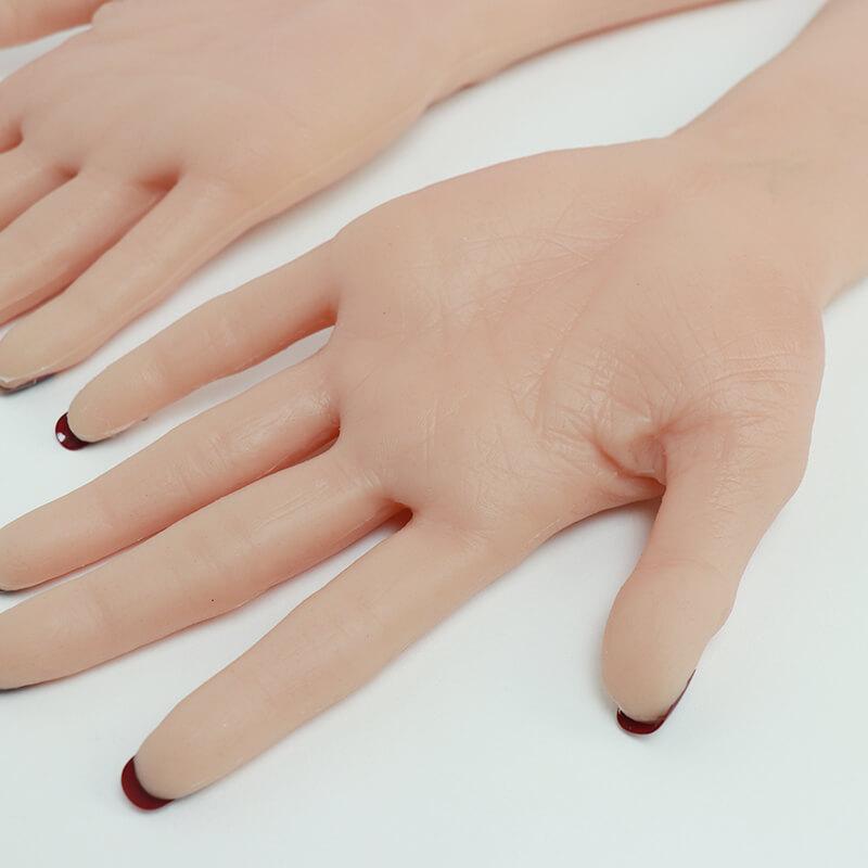 hands crossdresser